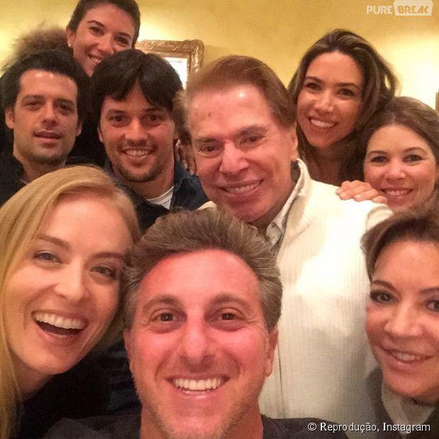 Luciano Huck posta selfie com Silvio Santos