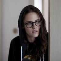 """Kristen Stewart e Chloë Moretz arrasam em novo trailer de """"Acima das Nuvens"""""""