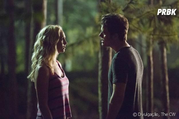 """Stefan (Paul Wesley) e Caroline (Candice Accola) ainda não vão começar um romance em """"The Vampire Diaries"""""""
