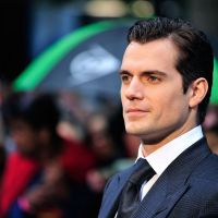 "De ""Batman V Superman"": Henry Cavill revela o que esperar do filme. Veja o vídeo!"