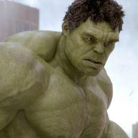 """De """"Os Vingadores 2"""": Hulk pode ser cinza no longa-metragem. Entenda o porquê!"""