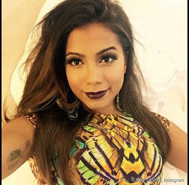 Anitta revela sua preparação para o carnaval