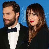 """Filme """"50 Tons de Cinza"""": Jamie Dornan e Dakota Johnson arrasam em première na Alemanha"""