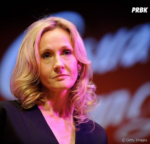 "J.K. Rowling, autora de ""Harry Potter"", manda carta a fã"