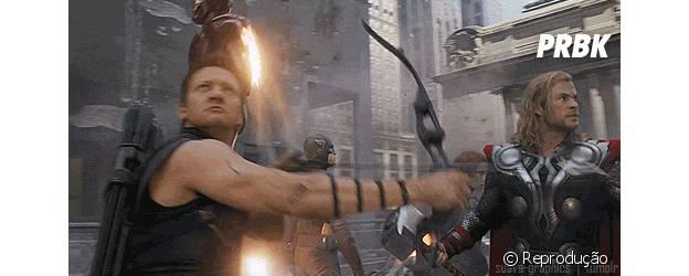 """""""Os Vingadores"""" em batalha no primeiro filme"""