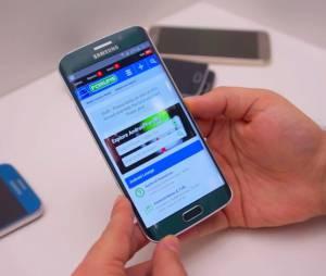 Os novos aparelhos Samsung permitem que todos as senhas dos usuários sejam substituídas pela impressão digital.