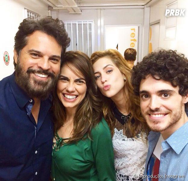 """Pai de Gaby está vivo! Sophia Abrahão posta foto com sua família de """"Alto Astral"""", da Globo"""