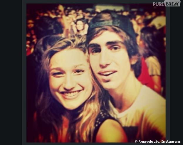 "Sasha estaria namorando o estudante Antonio Carlos Braga, de acordo com o portal ""Yahoo"""