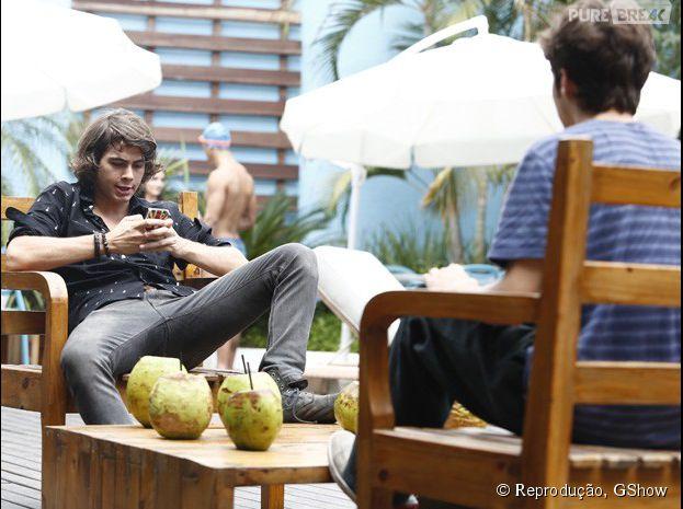 """Pedro (Rafael Vitti) fala que Perina morreu em """"Malhação"""""""