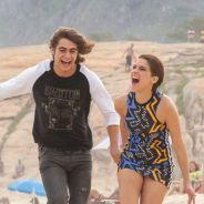 "Novela ""Malhação"": Pedro (Rafael Vitti) e Karina (Isabella Santoni) reatam e trocam beijos na praia!"