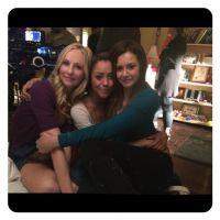 """Nina Dobrev, de """"The Vampire Diaries"""", posta no Instagram fotos das gravações da série!"""