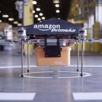 Amazon testa robô-voador que faz entregas em 30 minutos