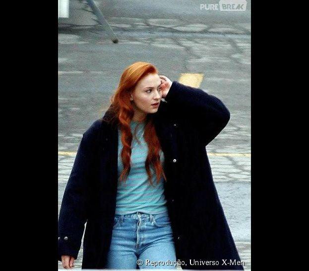"""Sophie Turner (Jean Grey) é fotografada nas gravações do filme """"X-Men: Apocalipse"""""""