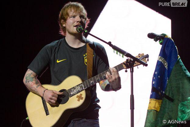 Ed Sheeran se declara para fãs brasileiros durante show em São Paulo