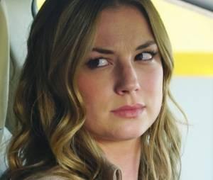 """Após ver sua família ser destruída,Amanda Clarke (Emily VanCamp) se torna Emily Thorne e faz de tudo para se vingar da responsável por seu trauma, na série""""Revenge"""""""