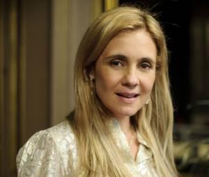 """Em """"Avenida Brasil"""", Rita (Débora Falabella"""") se torna a dissimulada Nina e consegue tornar a vida da vilã Carminha (Adriana Esteves) em um inferno"""