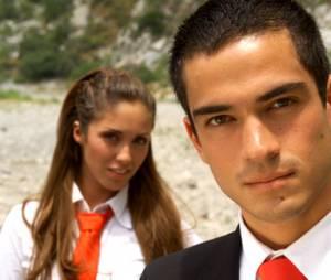 """E a novelinha mexicana """"Rebelde"""", gente? Na trama, o Miguel (Alfonso Herrera) perde o controle de sua vingança, quando se apaixona por Mia (Anahí), a filha de seu """"inimigo""""!"""