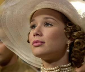 """E quando a """"Maria Mijona"""", de """"Chocolate com Pimenta"""", se transformou na linda e elegante Ana Francisca e voltou a sua cidade de origem pra sambar na cara das inimigas?"""