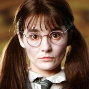 """J.K. Rowling, de """"Harry Potter"""", revela verdadeiro nome da Murta Que Geme (Shirley Henderson)"""
