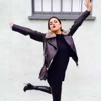 """Selena Gomez conta que seu novo CD """"está quase pronto"""" durante entrevista com fãs!"""