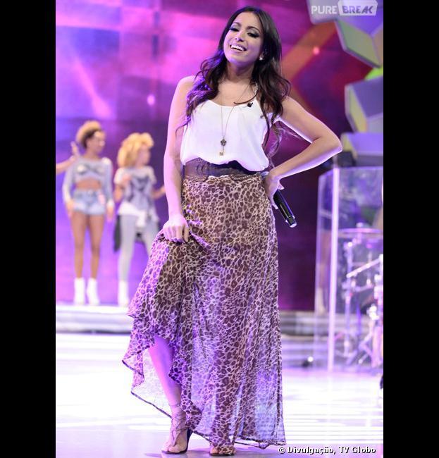 """Anitta grava programa """"Sai do Chão"""" e relembra do início da carreira, nesta segunda-feira, 9 de dezembro de 2013"""