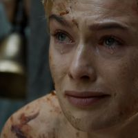 "Em ""Game of Thrones"": Lena Headey, a Cersei, e diretor analisam cena polêmica do season finale"