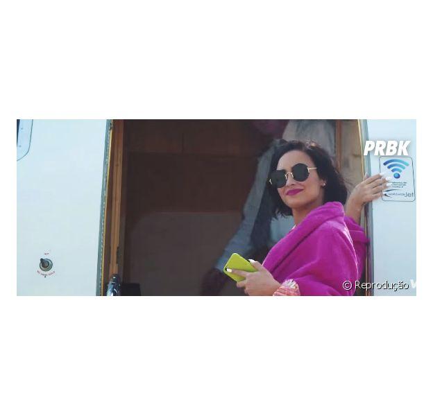 "Demi Lovato em ""Cool for the Summer"""