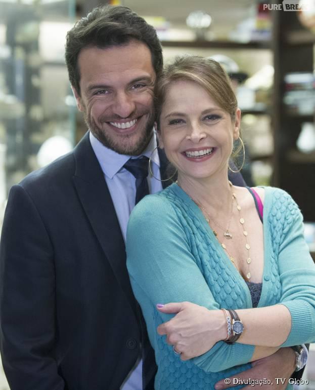 """Em """"Verdades Secretas"""", Alex (Rodrigo Lombardi) vai casar com Carolina (Drica Moraes)"""