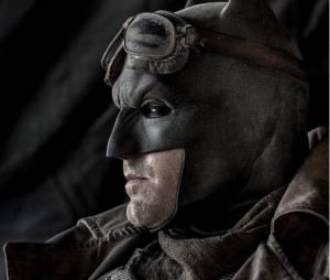 """Filme """"Batman Vs Superman - A Origem da Justiça"""": Nova imagem revela Homem-Morcedo do deserto"""