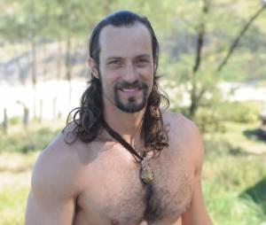 """Carlão (Fernando Pavão) vai acordar em um universo alternativo em """"Pecado Mortal""""!"""