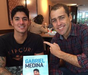 """Túlio Brandão não cansa de falar sobre o talento do Gabriel Medina: """"Ele vai longe"""""""