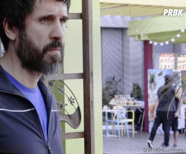 """Gael (Eriberto Leão) flagra Nat (Maria Joana) e Duca (Arthur Aguiar) no maior clima em """"Malhação"""""""