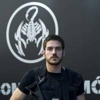 """De """"A Regra do Jogo"""": Marco Pigossi diz que visitou Cidade da Polícia e BOPE"""