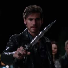 """Em """"Once Upon a Time"""": na 5ª temporada, Hook se desespera atrás de Emma nas primeiras cenas!"""