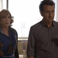 """Final """"Babilônia"""": Laís (Luísa Arraes) é expulsa de casa e Rafa (Chay Suede) defende a amada!"""