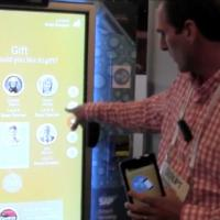 Máquina de venda escaneia smartphone para descobrir preferência do usuário