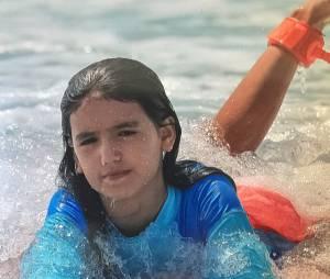 Sophia Medina surfa desde pequenininha, assim como seu irmão Gabriel Medina