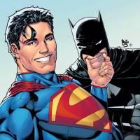Veja o Batman, Superman, Flash e outros super-heróis dos quadrinhos tirando umas selfies!