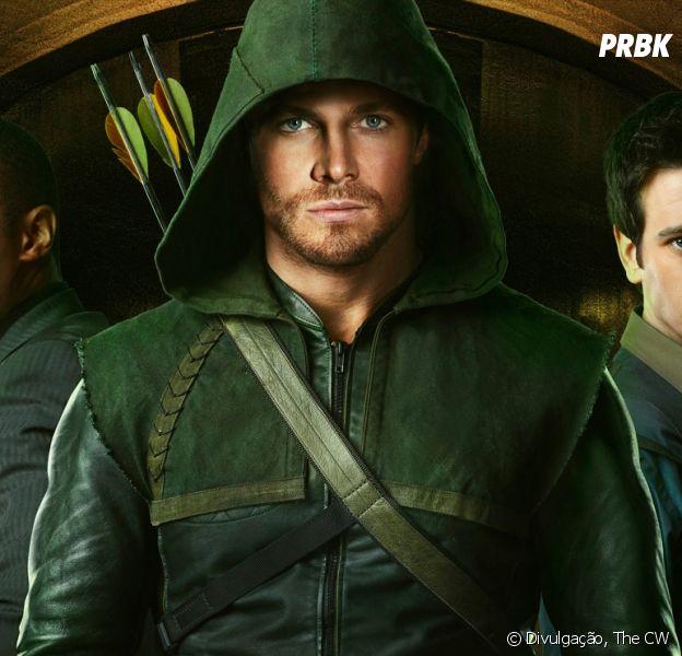 """Em """"Arrow"""": Stephen Amell publica nova foto promocional do Oliver!"""