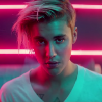 "Justin Bieber supera One Direction no Spotify com ""What Do You Mean?"" e bate recorde de execuções!"