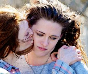 """""""Para Sempre Alice"""", com Kristen Stewart e Julianne Moore, gira em torno de uma professora diagnosticada com a Alzheimer. Precisa dizer mais alguma coisa?"""