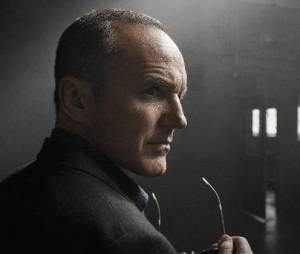 """Em """"Agents of SHELD"""":Coulson (Clark Gregg) aparece em novas imagens promocionais!"""