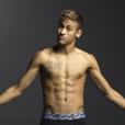 Neymar também é um dos galãs que já surgiu de cueca no Instagram