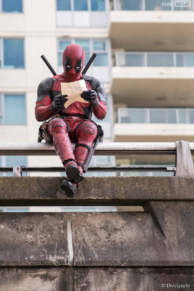 Ryan Reynolds confessa que roubou um uniforme do Deadpool