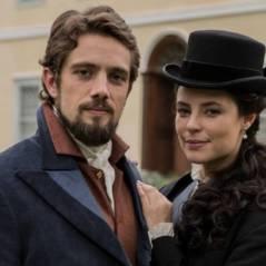 """Novela """"Além do Tempo"""": Melissa (Paolla Oliveira) é casada com Felipe e pobre na nova fase!"""