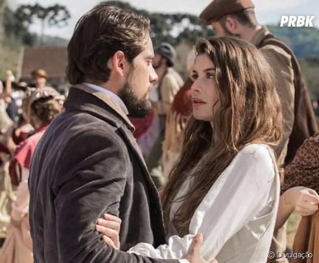 """Lívia (Alinne Moraes) e Felipe (Rafael Cardoso) se reencontram em """"Além do Tempo"""""""
