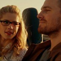"""Em """"Arrow"""": na 4ª temporada, Oliver e Felicity em momento íntimo e mais!"""