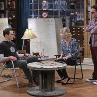 "Em ""The Big Bang Theory"": na 9ª temporada, Raj e Howard formam uma banda e mais no novo trailer!"