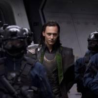 """De """"Thor 3"""": vai ter Loki na sequência? Tom Hiddleston confessa não saber dos planos da Marvel!"""