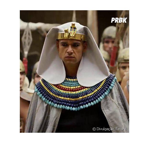 """Em """"Os Dez Mandamentos"""": veja quais vão ser as duas últimas pragas que invadem o reino de Moisés (Sérgio Marone)"""